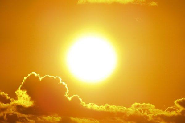Infraroodstraling-zon-gezond-houtkachel-accumulerend